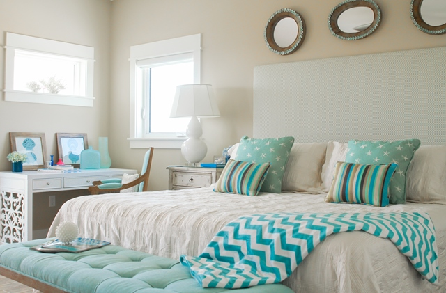 Incredible Beachy Bedroom Therapy With Wendy Patrick Restonic Largest Home Design Picture Inspirations Pitcheantrous