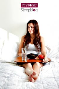 32-How eating in bed effects sleep