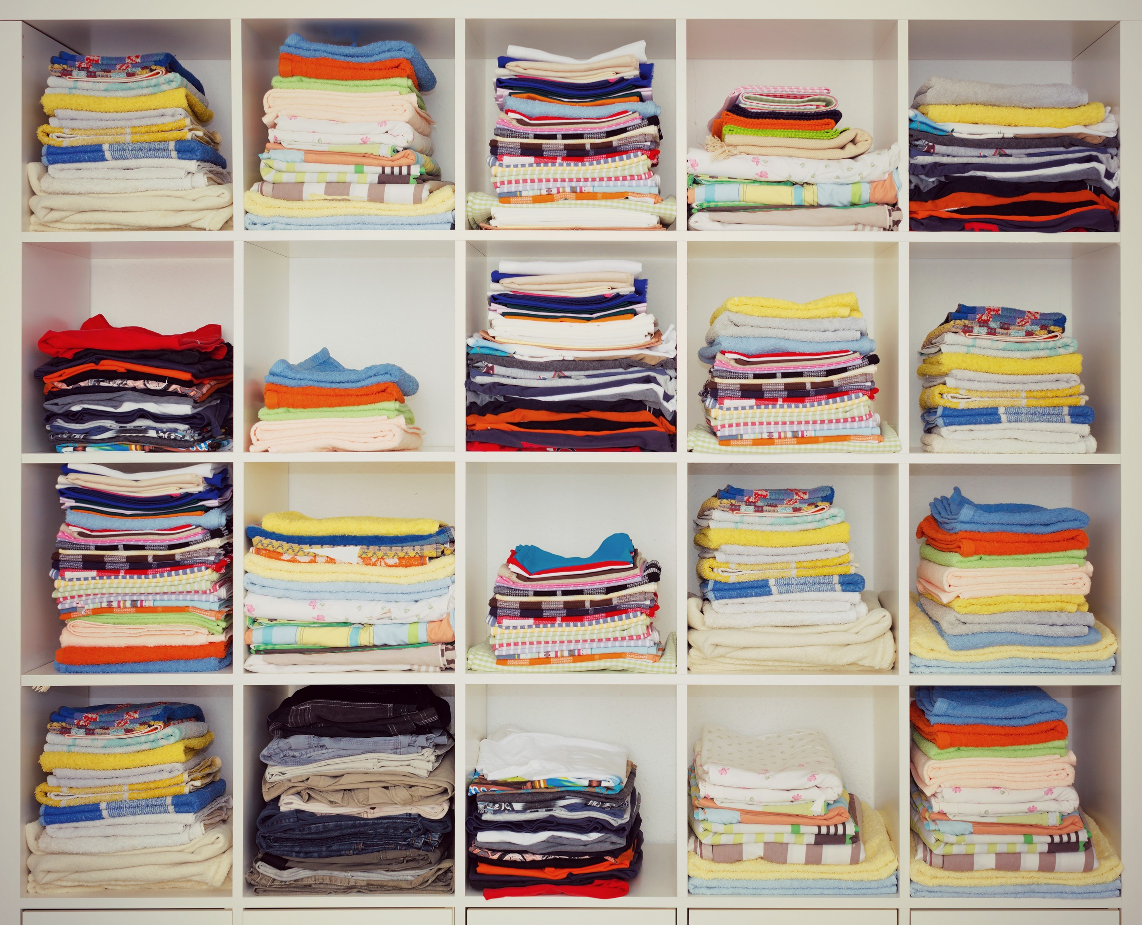Take Back Your Sleep Declutter Bedroom With 11 Diy Tips Restonic