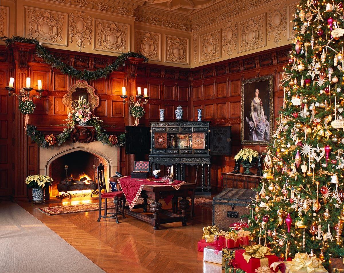 Biltmore Oak Sitting Room Fireplace