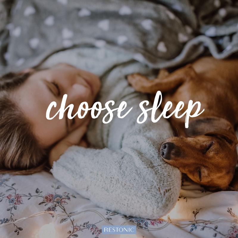 Ovlivňuje změna ročních období kvalitu a množství vašeho spánku?